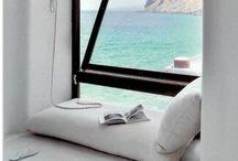I love window seats!