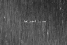 Under the rain. / Quin sonat va inventar el paraigua?