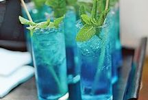 Blue Shades - Wedding Ideas / Weddings Blue Shades - #weddingideas - From bouquets to bridesmaids dresses, centerpieces to cakes, get tons of inspiration for a blue wedding.