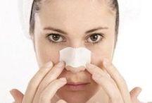 Cura della pelle / Bastano piccoli gesti quotidiana per mantenere la pelle tonica e idratata e prevenire i segni dell'invecchiamento.