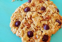 Nola-fied: recipes with granola / Recipes re-created with a dose of granola goodness!
