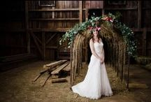 KLW Floral Design | Bohemian Inspired / Floral Design Connecticut a Bohemian Inspired shoot. Floral Design and Decor: K..L.W. Design Co. Photography: Robyn Blasi Hair + Makeup: Upstyled