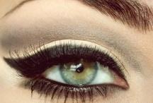 Make up / by Nina Peixoto
