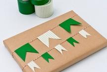 Paper crafts, regals...