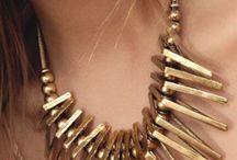 Jewellery / Necklaces, Wristbands, Earrings & Piercings