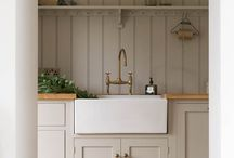 Utility & Laundry Room / Ideas | Accessories | Small | Storage | Layout | Organisation | Decor | Dog | Laundry | Sink