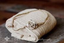 Newborn & Maternity Sessions / Accessories and props for new ones and pregnant mamas