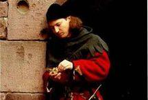 Medieval mens dress 1300-1400