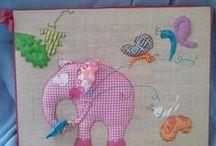 crodoo /  tableaux pour bébés/enfants, en tissus, à toucher.
