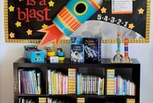 Library Display Ideas / Share ideas you love, displays you've made, bulletin boards your proud of, things that inspire you and anything library that makes you smile!