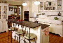 Home Sweet Home - Kitchen / by Heather Sorensen