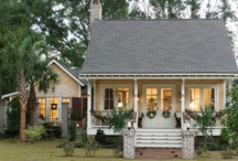 beautiful bungalows / by Jackie Cavitt
