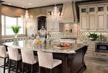 Kitchens to die for / Kitchens, backsplashes, tile backsplash, kitchen counters, white kitchens, DIY kitchens