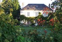 Good Houses in Great Gardens / and occasionally obscured by gardens!