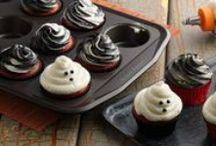 Spooky Good Desserts / Halloween-themed desserts so good, it's scary!
