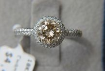 Diamonds should be everybody's best friend! / JEWELS.