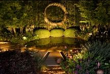 Chelsea Flower Show 2015 Water Feature / Designed by Cameron and Charlie Albone, and installed by Cameron in London 2015, this beautiful water feature slowly fills and drains in 7 seconds to fit with Charlie's lovely feature garden design.  Photos by Kuva