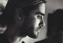 • MUSIC [ROCK] | 30 Seconds To Mars . Jared Leto