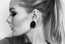 • BODMODS | Model . Katrin Berndt