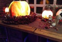 Unser Kugelbunt  / Handbemalte Unikate aus Glas ...... , Windlichter... Kugellampen und Aussenlampen mal anders  ......   schöner kann man sein Zuhause nicht illuminieren ;-) Danke Petra