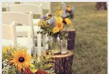 Rustic/Country Weddings / Do you love burlap, lace, and mason jars? Check out this board!
