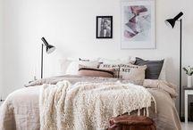 → Bedroom