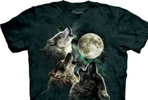 Wolf T-Shirts / Wolf tee shirts have become a giant trend over the last years, almost on the same scale as Chuck Norris. Most people know the three wolf moon (link to it) shirt, which has been a bestseller on Amazon's fashion department for a long period of time, with more than 2200 reviews – yes reviews of a tshirts! The biggest reason why the wolf t shirts have become so popular is simply because wolfs are awesome, epic, heroic, fierce, intelligent, magical, talented and whatever adjective you could think of!