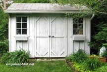 Garden shed & Potting bench