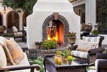 Outdoor Living Room / Stunning Outdoor Living Room