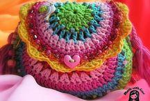 Crochet bags & baskets