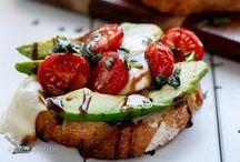 1, 2, 3 tartines ! / Recettes délicieuses et gourmandes de tartines, idéales à partager lors d'une entrée ou d'un apéro.