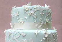 CAKES / CUPCAKES....Way beautiful! / by Becktoria