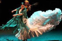 Flamencos Empíricos / Proyecto gestionado por Juan Carlos Lérida y Julia Petschinka, en un interés por reunir y dar visibilidad a aquellos artistas que trabajan en las coordenadas del arte flamenco desde sus propias culturas y experiencias.