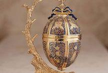 декоративные яйца / яйца ювелирные, из бисера и др. материалов
