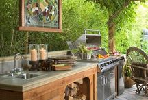 OUTDOOR KITCHENS / by Michelle Dismont-Frazzoni
