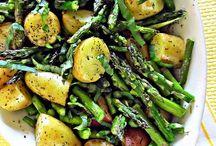 Sides/veggie dishes / by Alyssa Brown