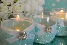 Something Blue Tiffany Baby Bridal and Wedding / Dreaming of a Blue Baby Shower, Something Blue Wedding or Bridal Shower, or Breakfast at Tiffany's celebration? Then take a look at this collection of favors, flowers, centerpieces, jewelry, dresses, cakes, decorations and more!
