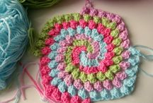 Powerful women of yarn / Sharing patterns and fun ideas for crafting.