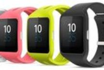 Sony Smartwatch 3 / With this new smartwatch, Sony rides the wave of Android wear, the new Google operative system for smartwatches. The Sony Smartwatch 3 bets on a sportive design and it has a high degree of independence from the smartphone; being equipped with GPS and its own music player, which allows you to go out and run without the phone. These characteristics make it a very appealing smartwatch for sporty people.