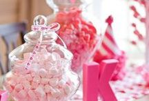 Pretty in Pink Birthday / Pink girly birthday party decor, invitations and food ideas