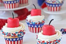 4th of July Treats / Ways to show your true spirit of the Red, White & Blue, or Stars & Stripes! Patriotic and 4th of July treats and snacks, Patriotic 4th of July Recipes