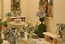 Flowers Miniature Dollhouse / Feel free to repin all you want...  My board is your board. / by Elizabeth
