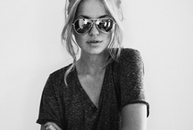 Travel Fashion Inspiration / Travel fashion inspiration for classy, boho chic and practical travel outfits.