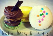 Hummingbird Macarons / We love macarons, yes we do! We love macarons, how about you?