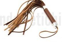 SPANKING / Latigos, palas y fustas para azotar culetes