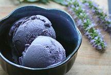 Sorbet et crème glacée / Un goût sucré et rafraîchissant qui est tellement apprécié durant une chaude journée d'été...