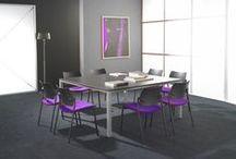 Amets / AMETS est un programme très complet de sièges empilables pour visiteurs, réunion et collectivité. Simple, séduisant et polyvalent, ce produit se caractérise par ses formes très actuelles, la largeur de son assise qui lui confère un haut niveau de confort et sa robustesse de conception. Le siège AMETS se décline en 4 versions, propose une multitude de combinaisons possibles et offre un grand choix de finitions et d'options pour s'adapter à tous vos besoins.