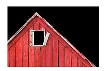 I love barns / by Melody Minger
