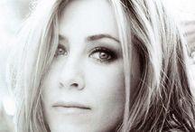 Musa: Jennifer Aniston