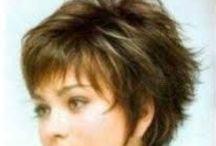 Haircuts I like / by Bobbie Adrienne